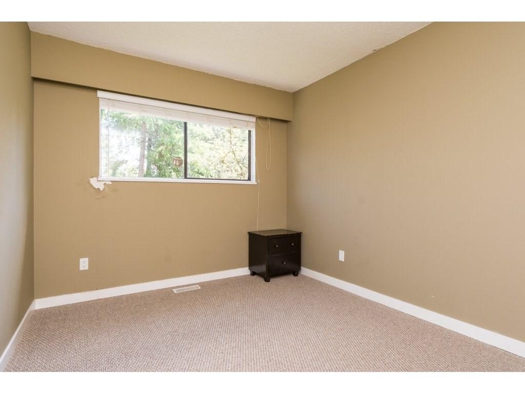 Half-duplex at 7902 115A STREET, N. Delta, British Columbia. Image 17