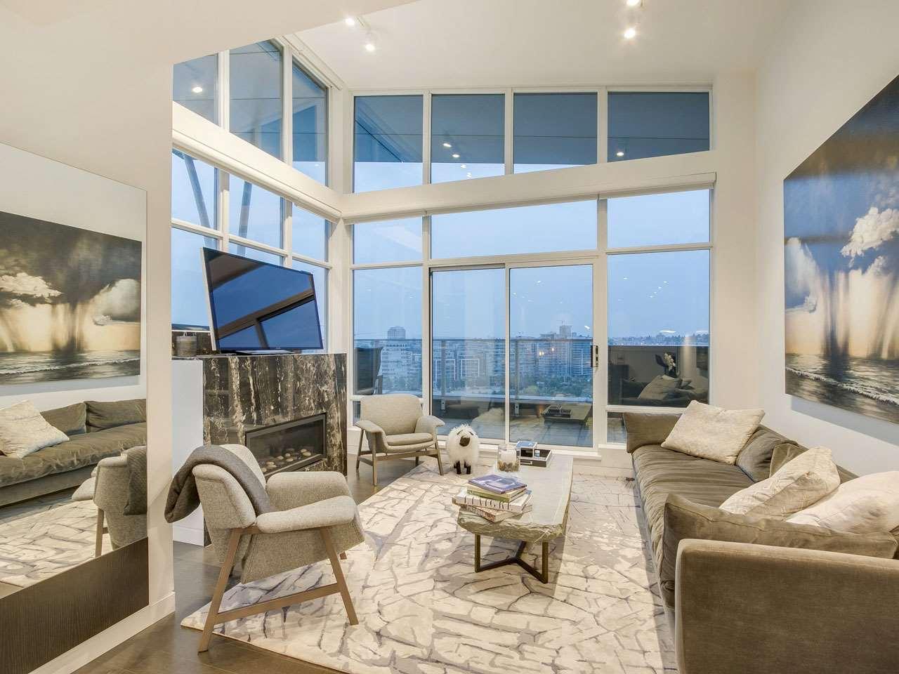 Condo Apartment at PH3 980 COOPERAGE WAY, Unit PH3, Vancouver West, British Columbia. Image 5
