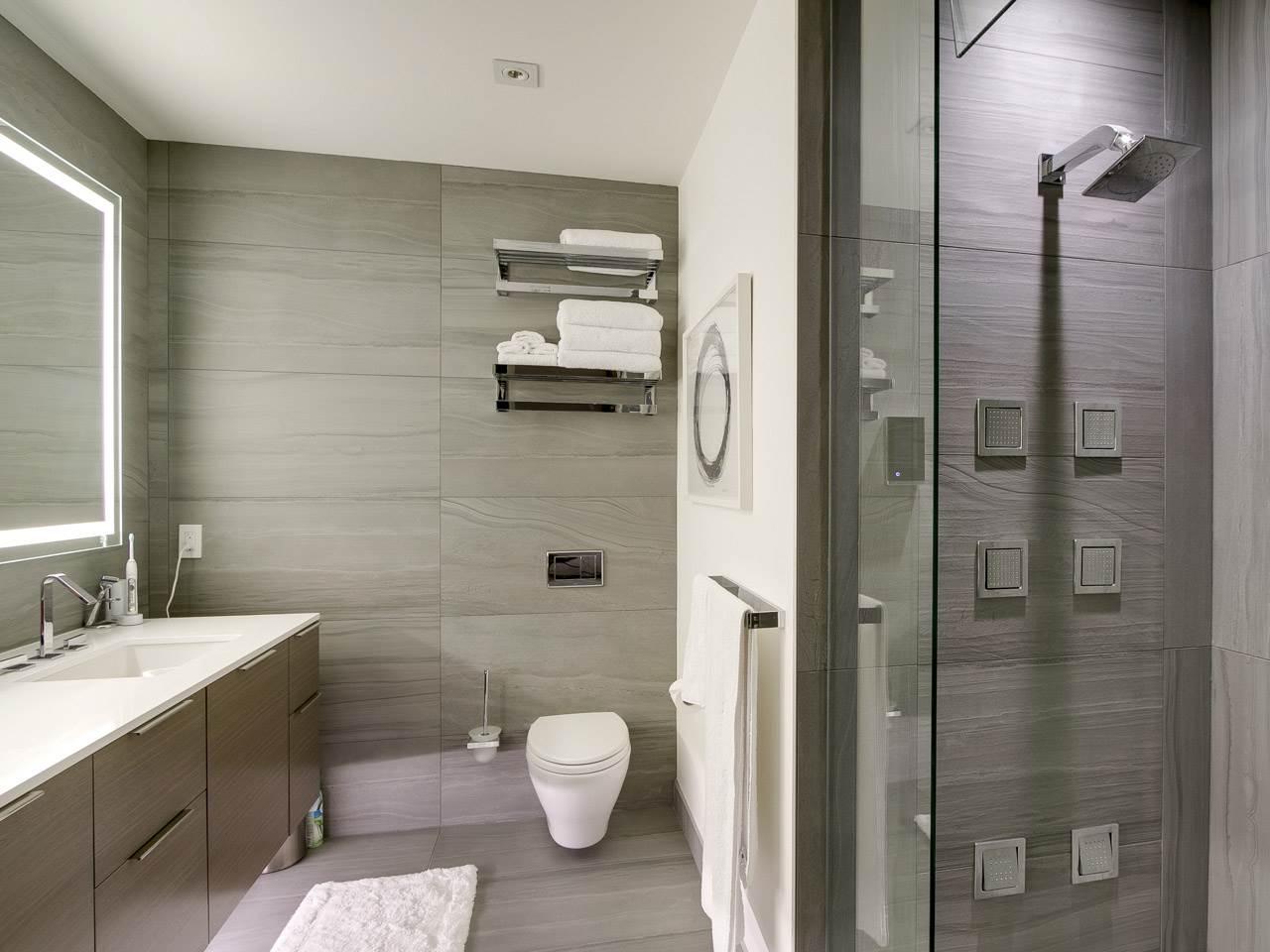 Condo Apartment at PH3 980 COOPERAGE WAY, Unit PH3, Vancouver West, British Columbia. Image 11