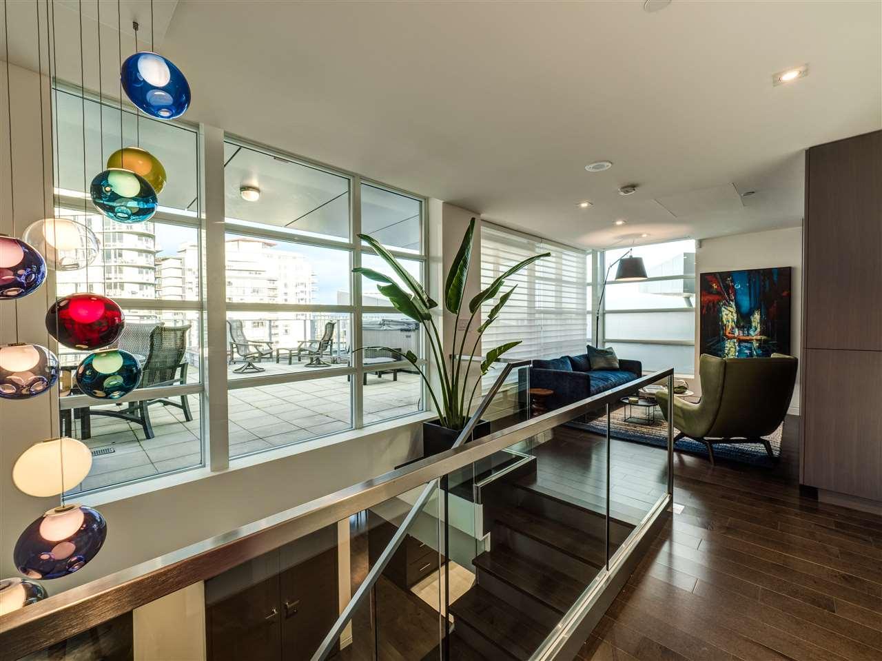 Condo Apartment at PH3 980 COOPERAGE WAY, Unit PH3, Vancouver West, British Columbia. Image 15