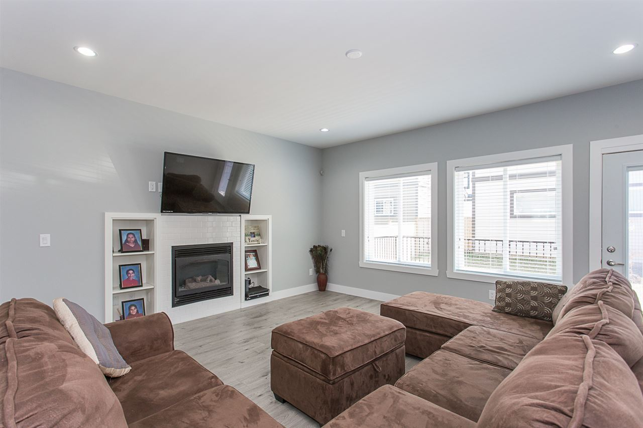 Detached at 4346 N AUGUSTON PARKWAY, Abbotsford, British Columbia. Image 7