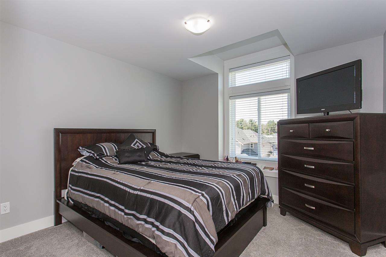 Detached at 4346 N AUGUSTON PARKWAY, Abbotsford, British Columbia. Image 11