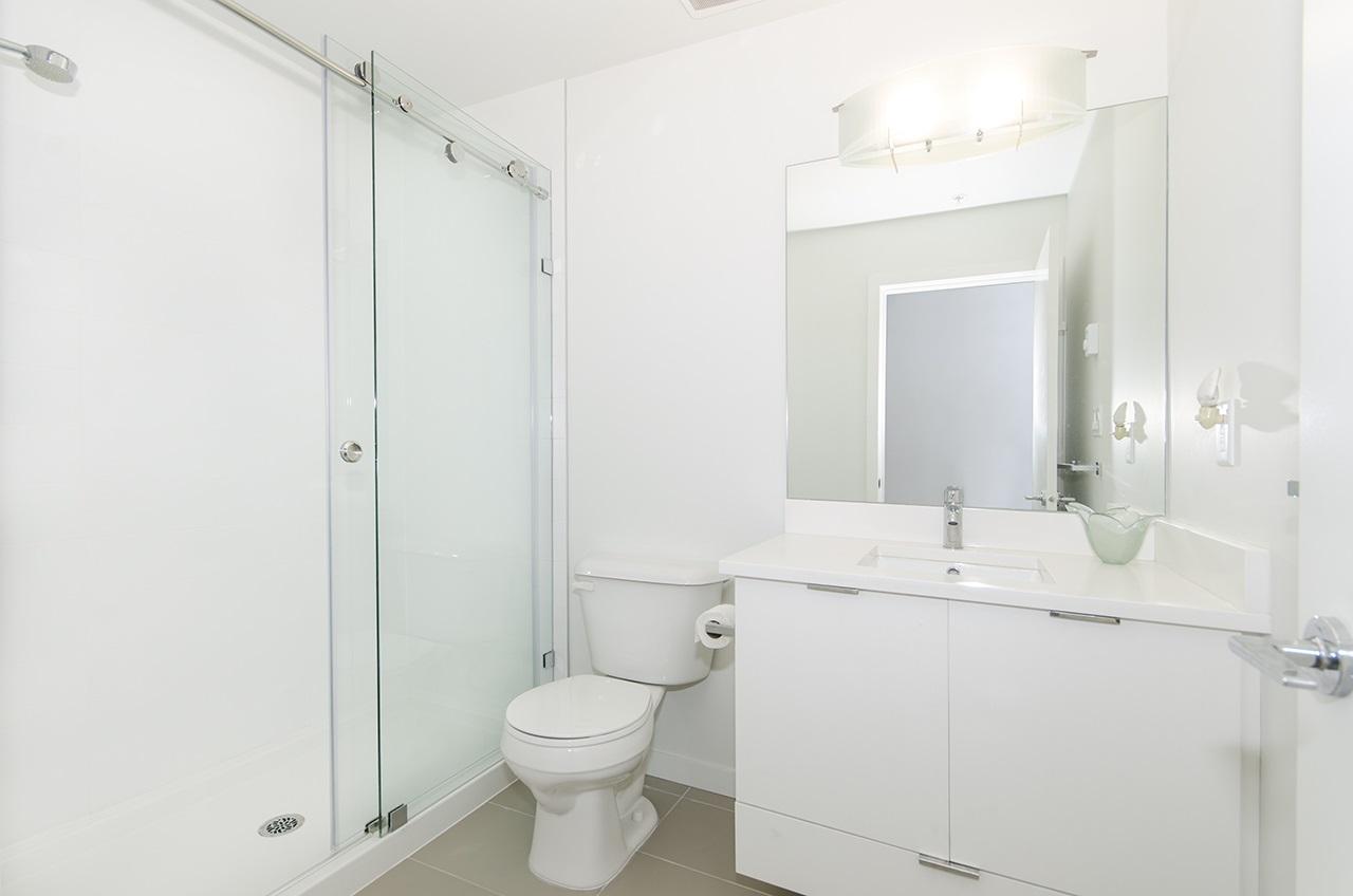Condo Apartment at 109 13678 GROSVENOR ROAD, Unit 109, North Surrey, British Columbia. Image 5