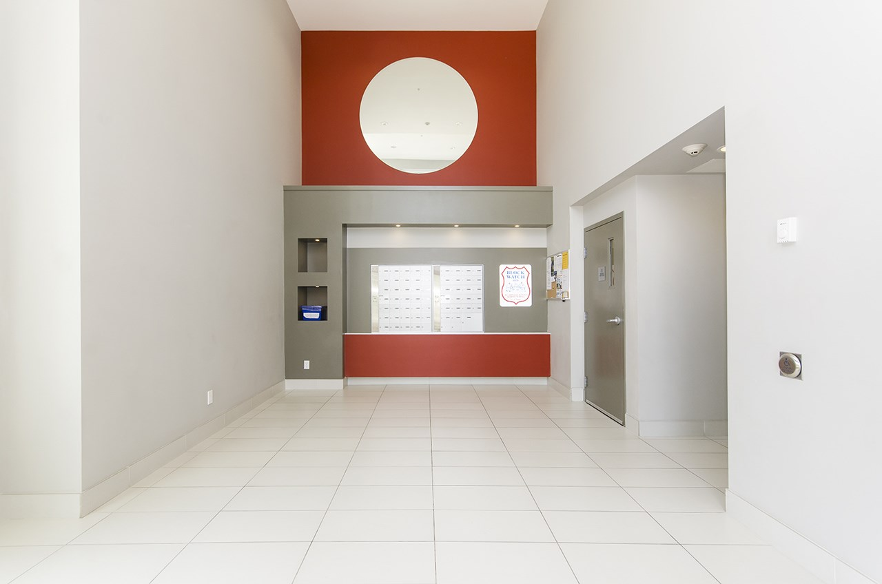 Condo Apartment at 109 13678 GROSVENOR ROAD, Unit 109, North Surrey, British Columbia. Image 13