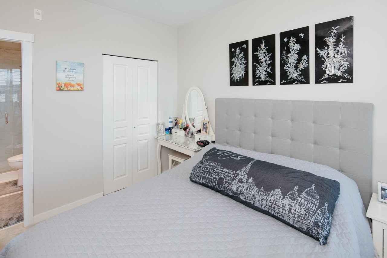Condo Apartment at 608 9366 TOMICKI AVENUE, Unit 608, Richmond, British Columbia. Image 10