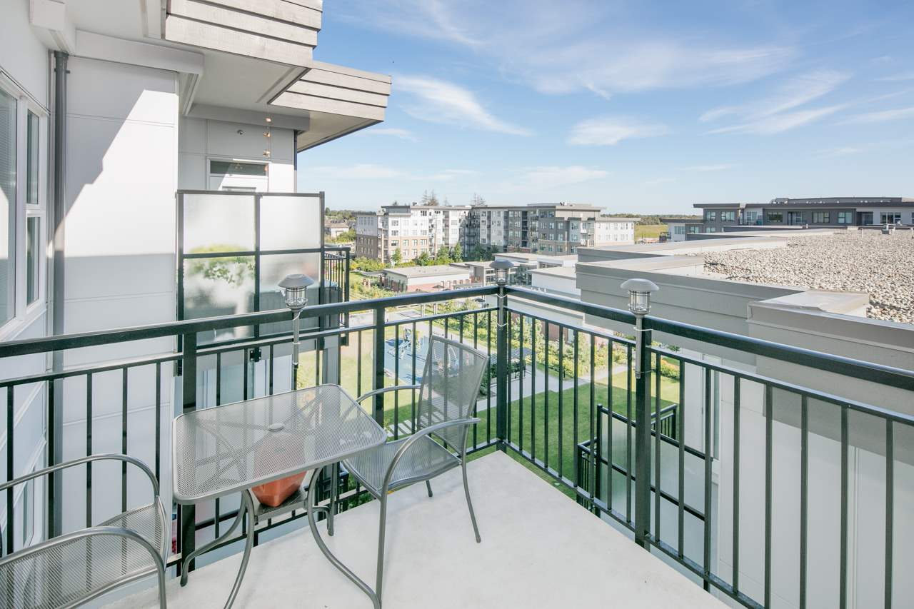 Condo Apartment at 608 9366 TOMICKI AVENUE, Unit 608, Richmond, British Columbia. Image 15