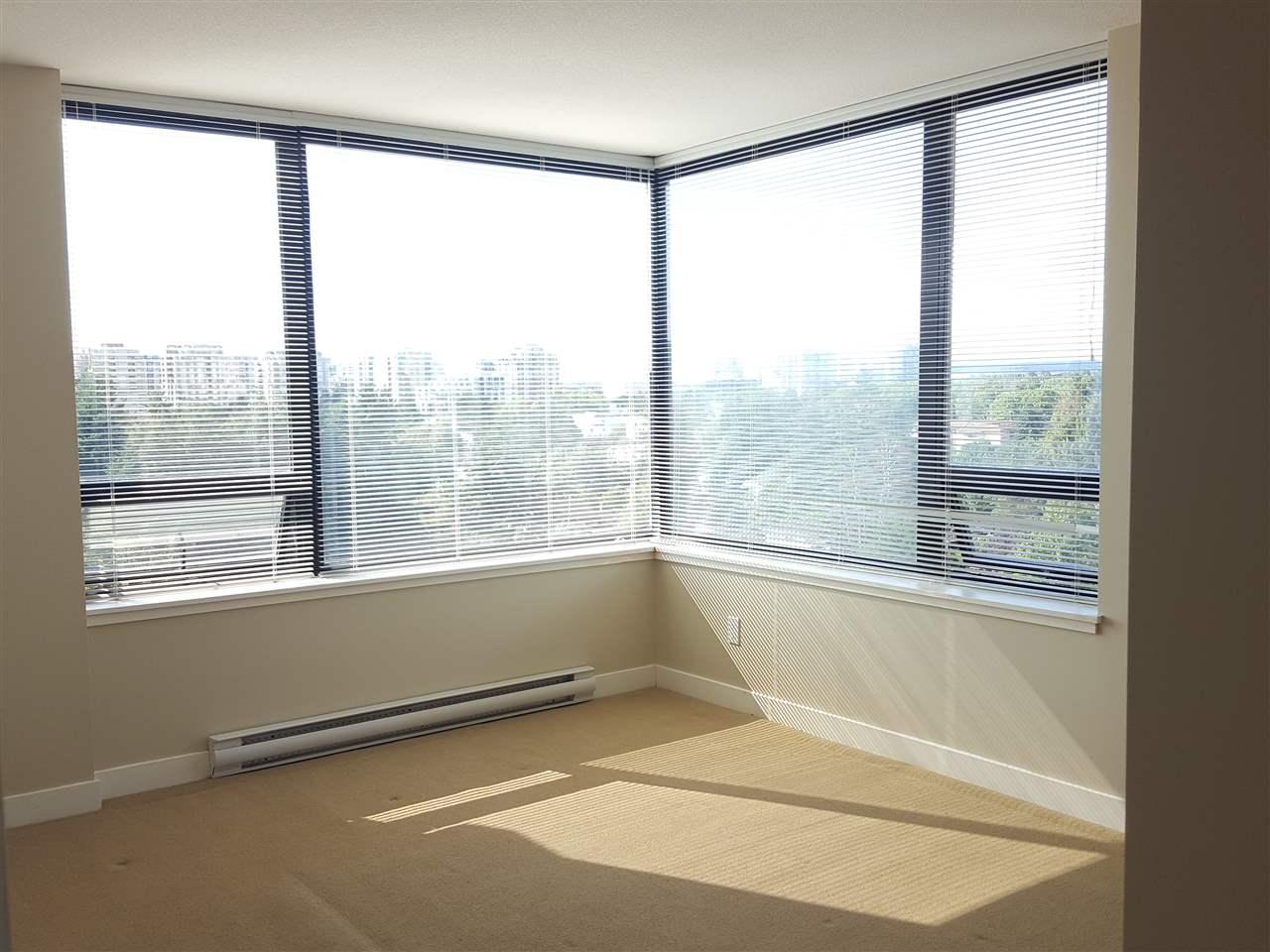 Condo Apartment at 1106 9188 HEMLOCK DRIVE, Unit 1106, Richmond, British Columbia. Image 10