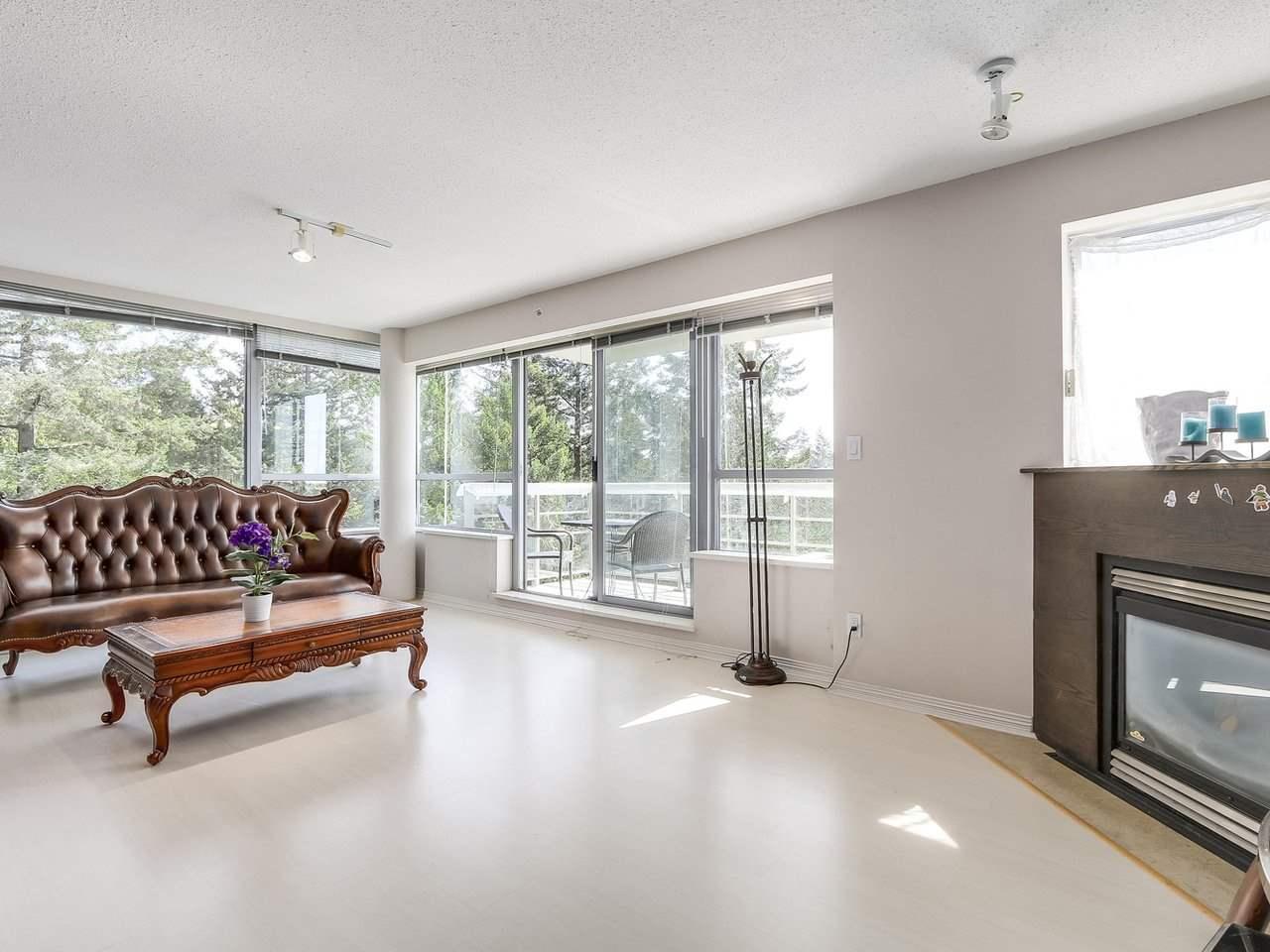 Condo Apartment at 1406 5639 HAMPTON PLACE, Unit 1406, Vancouver West, British Columbia. Image 4
