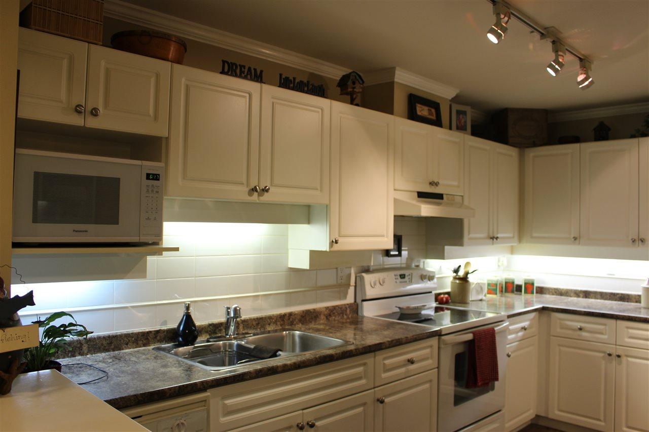 Condo Apartment at 106 1655 GRANT AVENUE, Unit 106, Port Coquitlam, British Columbia. Image 7