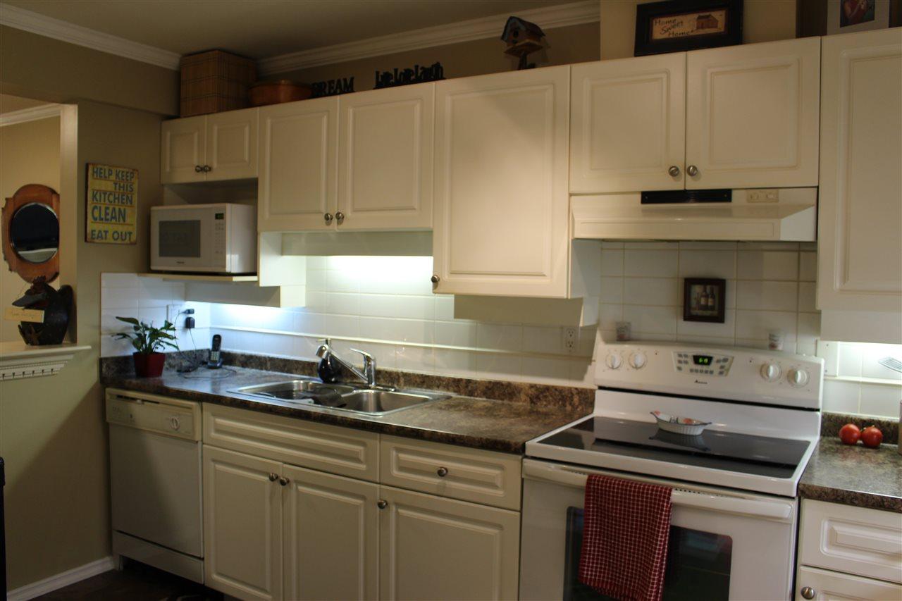 Condo Apartment at 106 1655 GRANT AVENUE, Unit 106, Port Coquitlam, British Columbia. Image 8