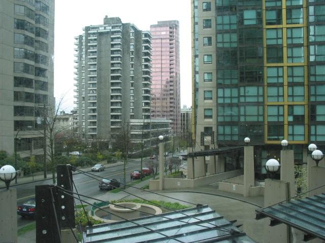 Condo Apartment at 307 1331 ALBERNI STREET, Unit 307, Vancouver West, British Columbia. Image 4