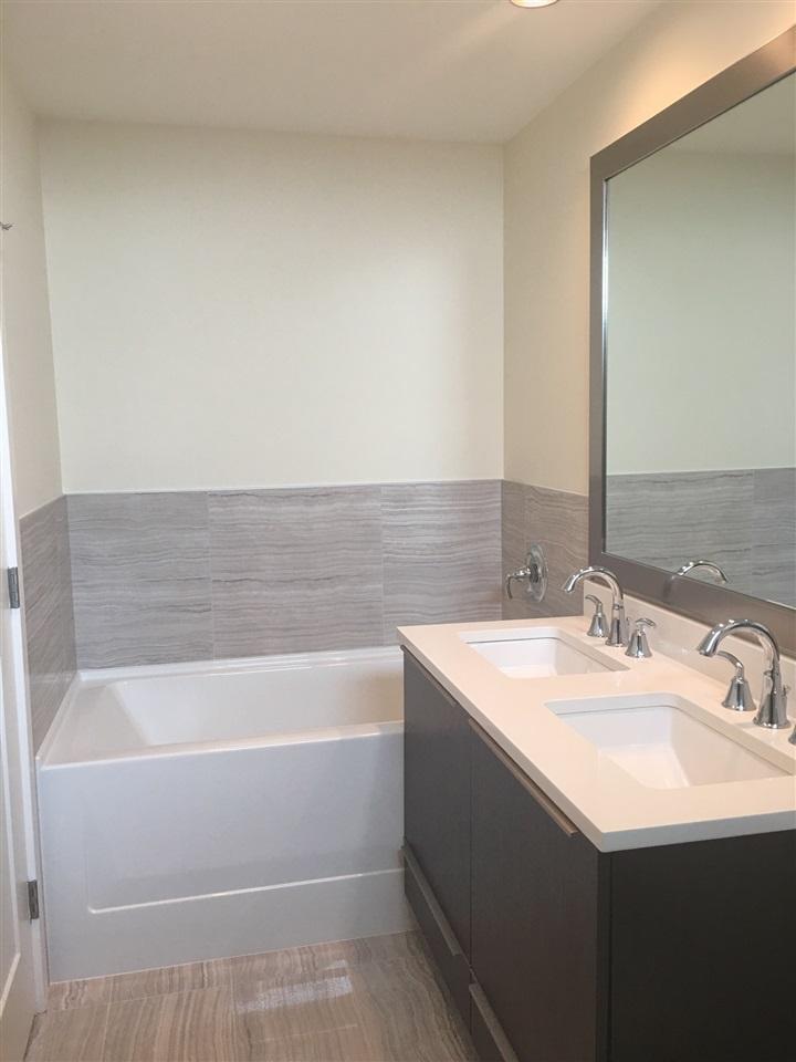 Condo Apartment at 1107 8677 CAPSTAN WAY, Unit 1107, Richmond, British Columbia. Image 9