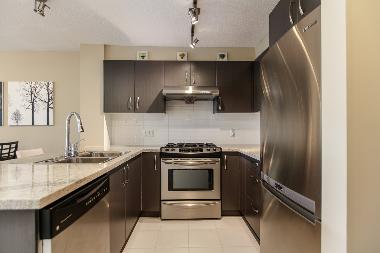 Condo Apartment at 316 9199 TOMICKI AVENUE, Unit 316, Richmond, British Columbia. Image 5