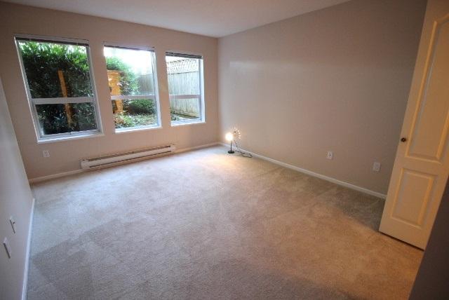 Condo Apartment at 108 9650 148 STREET, Unit 108, North Surrey, British Columbia. Image 5