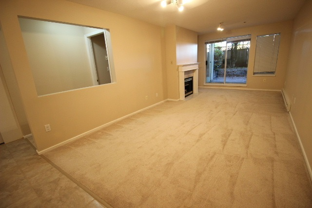 Condo Apartment at 108 9650 148 STREET, Unit 108, North Surrey, British Columbia. Image 7