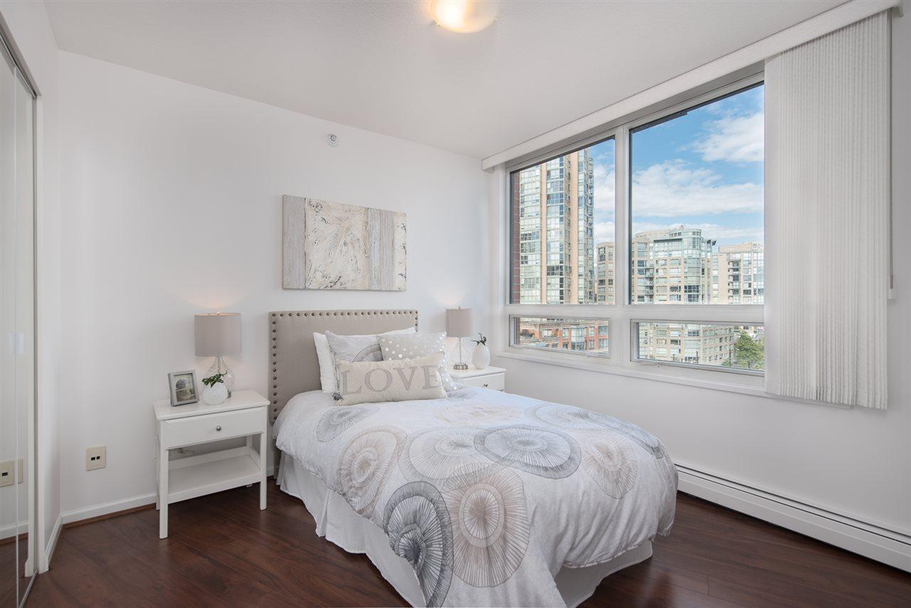 Condo Apartment at 9F 199 DRAKE STREET, Unit 9F, Vancouver West, British Columbia. Image 13
