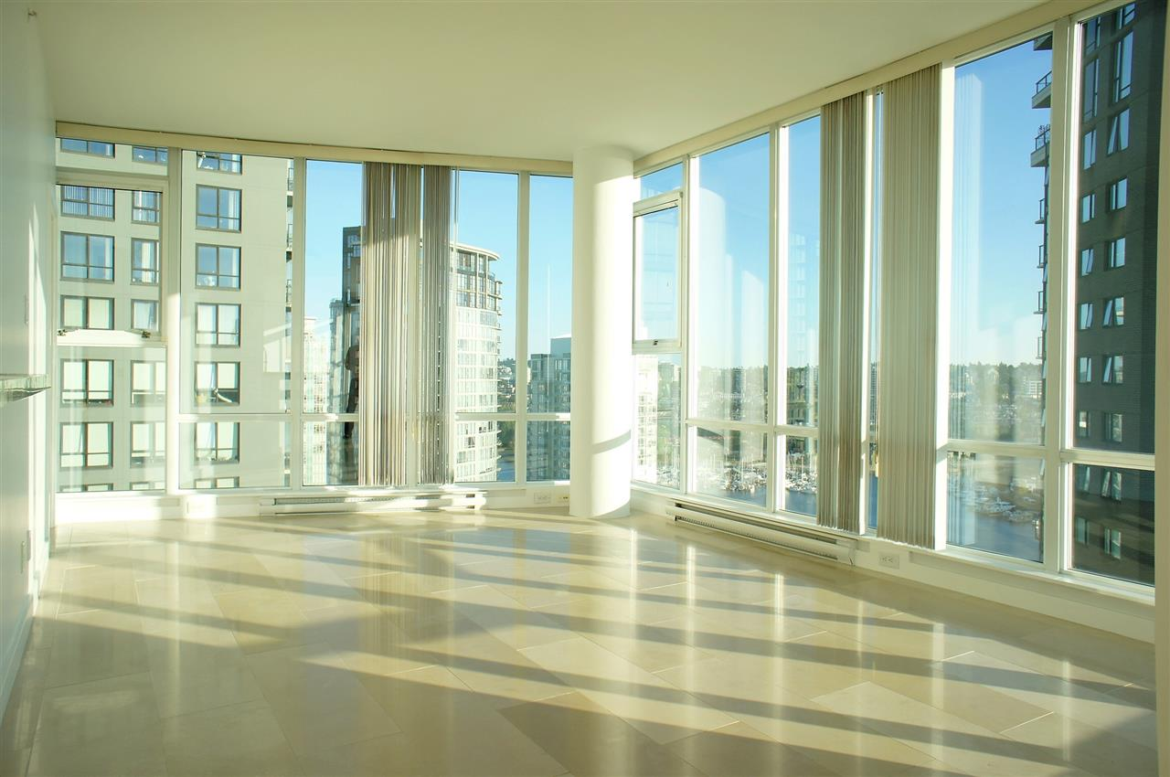 Condo Apartment at 2602 550 PACIFIC STREET, Unit 2602, Vancouver West, British Columbia. Image 1