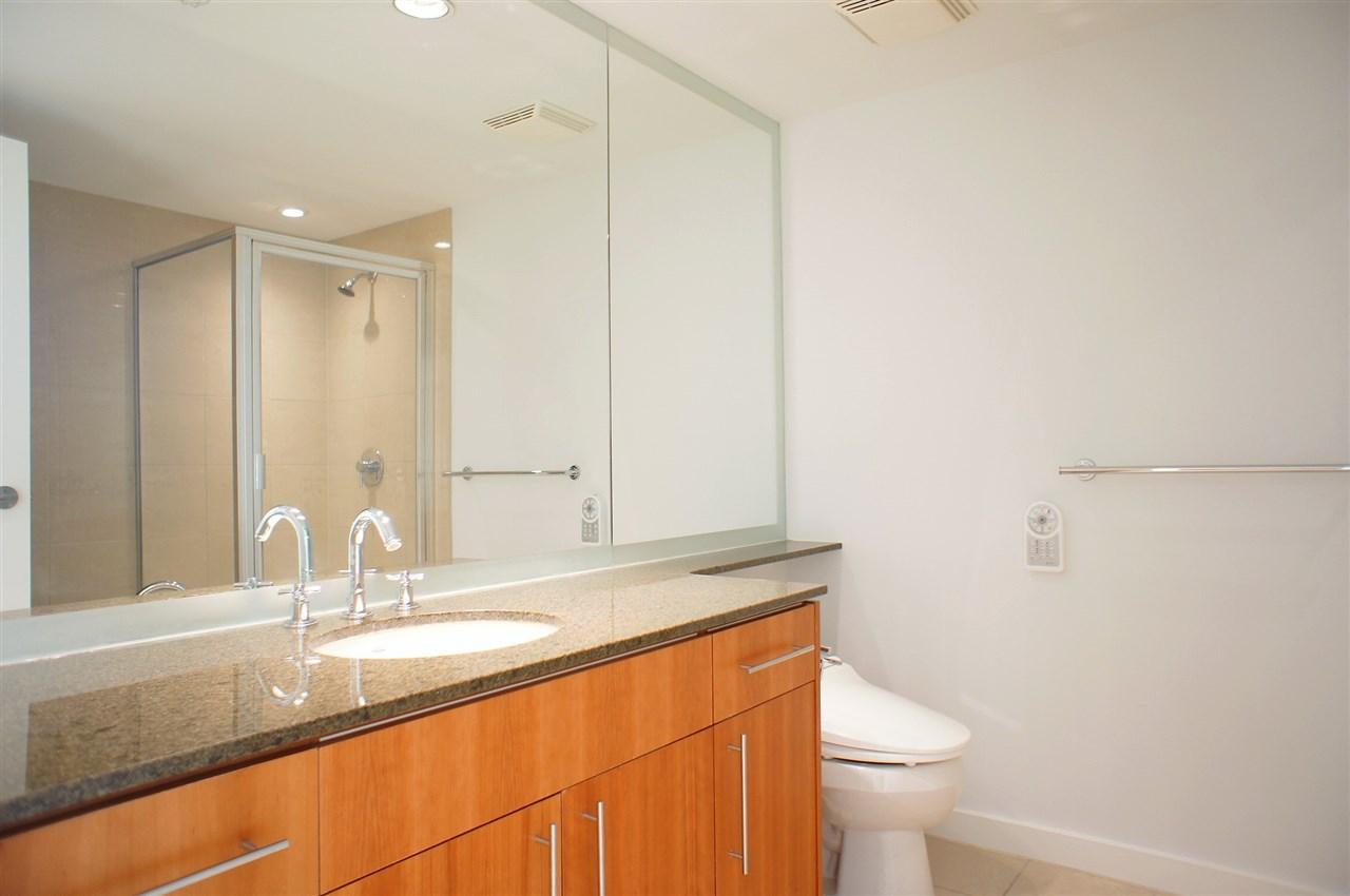 Condo Apartment at 2602 550 PACIFIC STREET, Unit 2602, Vancouver West, British Columbia. Image 9