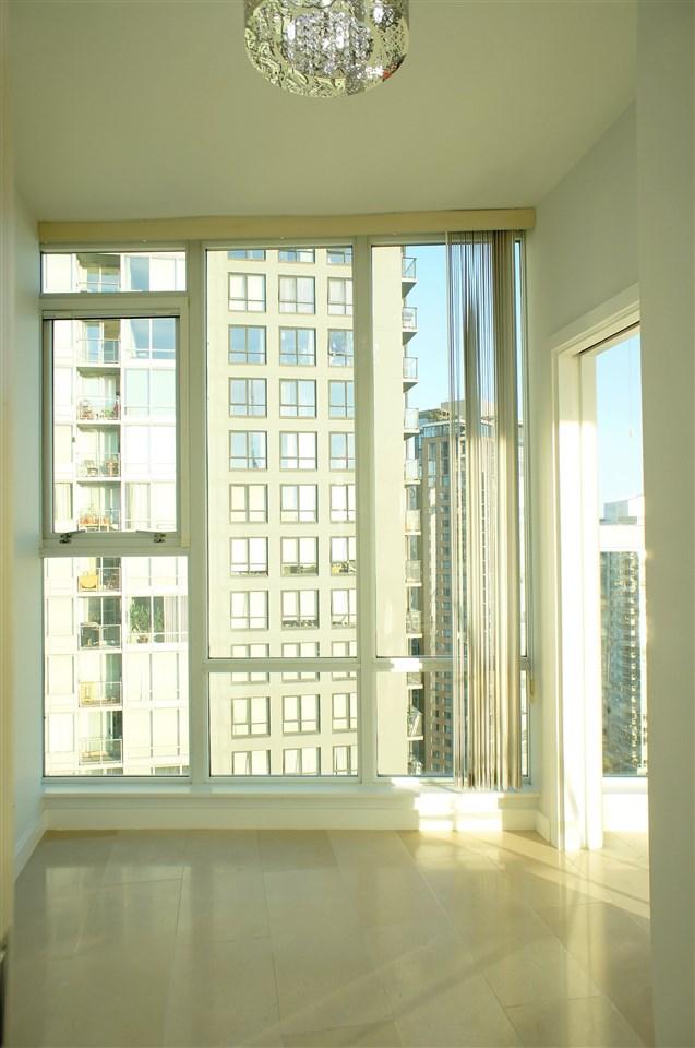 Condo Apartment at 2602 550 PACIFIC STREET, Unit 2602, Vancouver West, British Columbia. Image 12