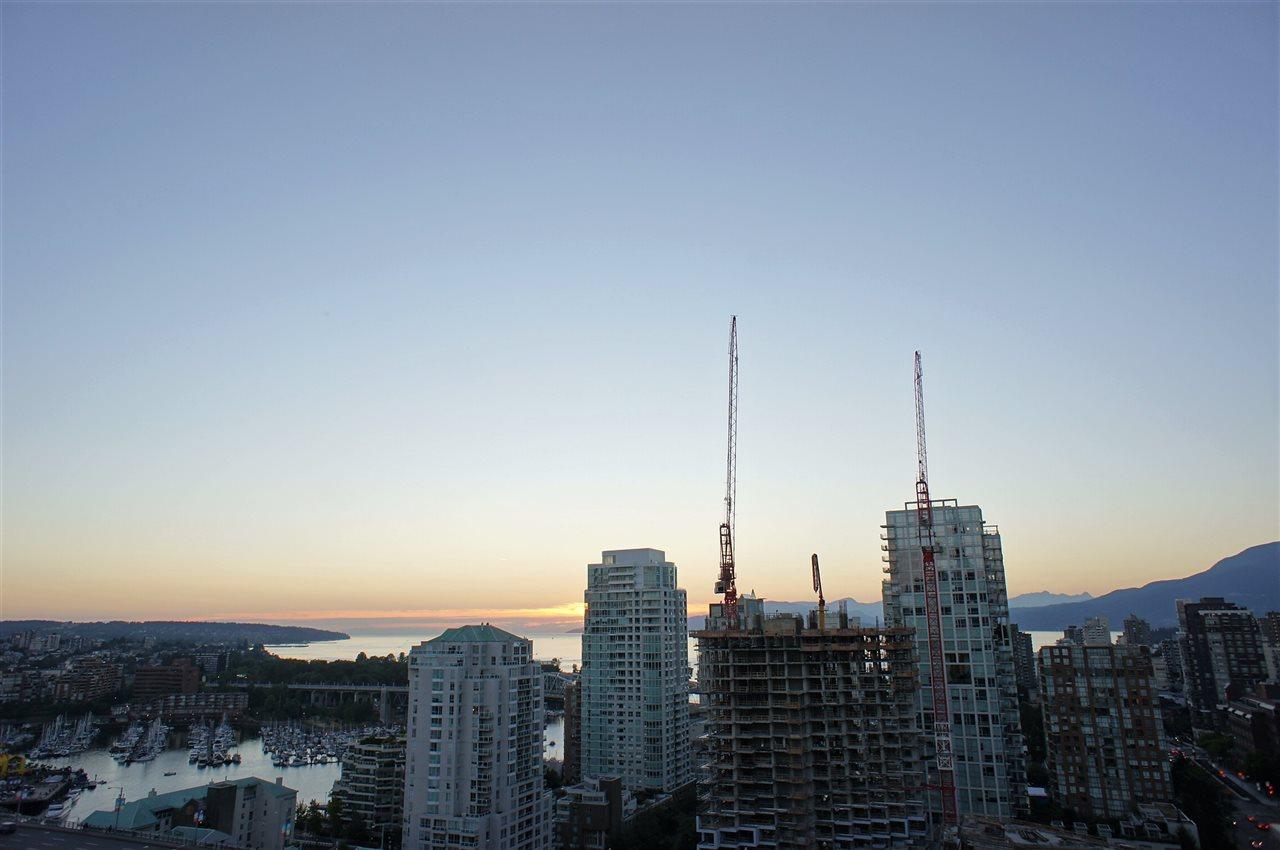 Condo Apartment at 2602 550 PACIFIC STREET, Unit 2602, Vancouver West, British Columbia. Image 16