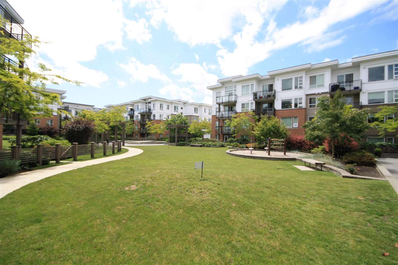 Condo Apartment at 412 9500 ODLIN ROAD, Unit 412, Richmond, British Columbia. Image 2