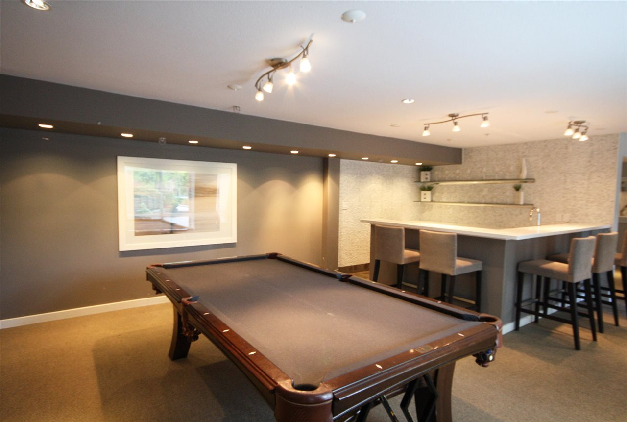 Condo Apartment at 412 9500 ODLIN ROAD, Unit 412, Richmond, British Columbia. Image 4