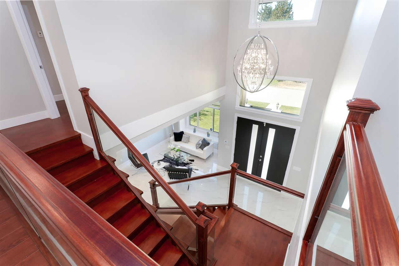 Detached at 8238 13TH AVENUE, Burnaby East, British Columbia. Image 11