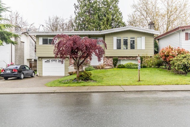 Detached at 32634 COWICHAN TERRACE, Abbotsford, British Columbia. Image 1