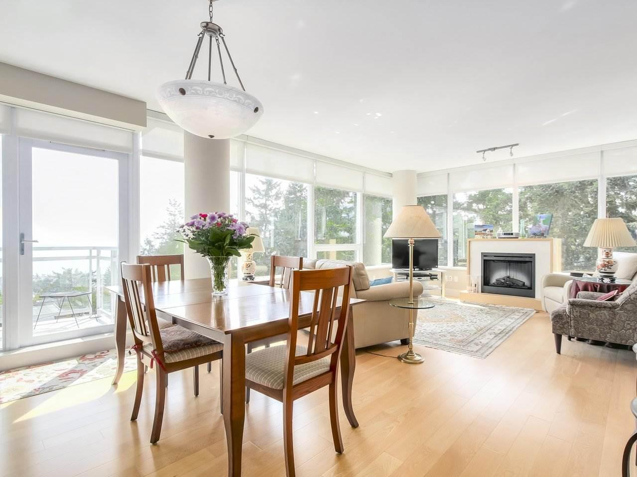Condo Apartment at 802 15152 RUSSELL AVENUE, Unit 802, South Surrey White Rock, British Columbia. Image 10