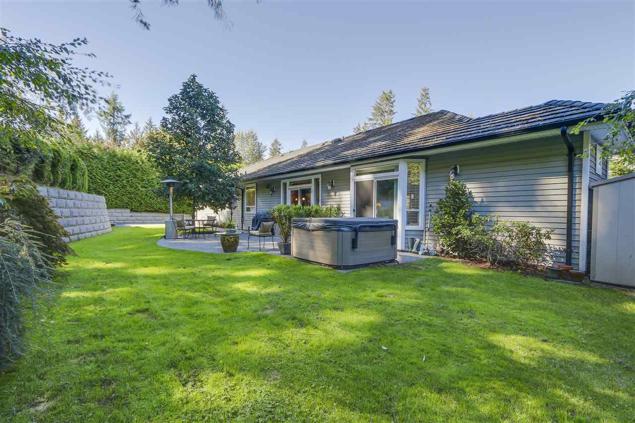 Detached at 25760 82 AVENUE, Langley, British Columbia. Image 18