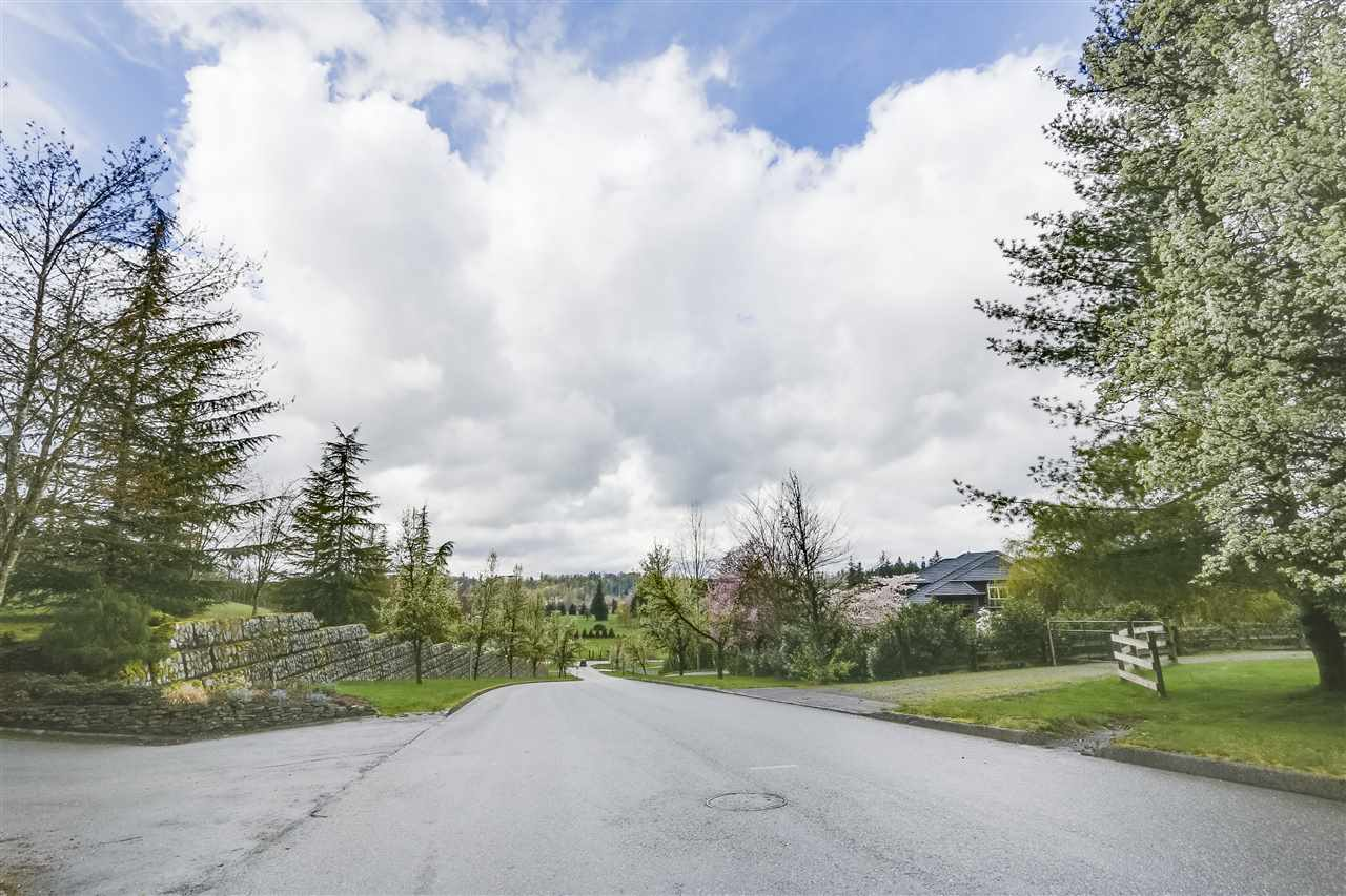 Detached at 25760 82 AVENUE, Langley, British Columbia. Image 19