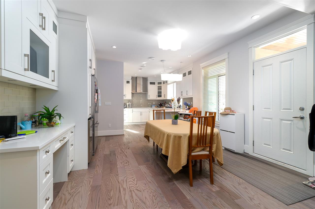Detached at 6655 ELWELL STREET, Burnaby South, British Columbia. Image 5