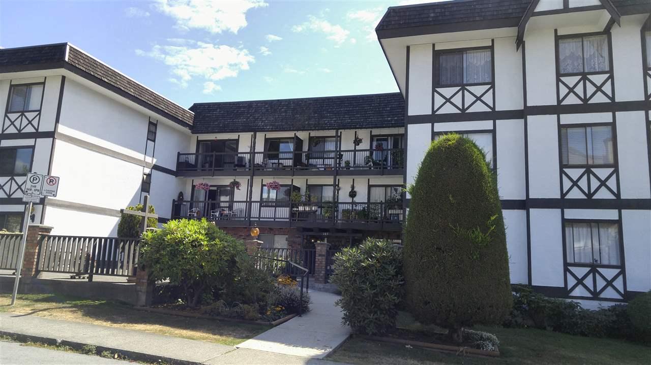 Condo Apartment at 202 145 W 18TH STREET, Unit 202, North Vancouver, British Columbia. Image 1