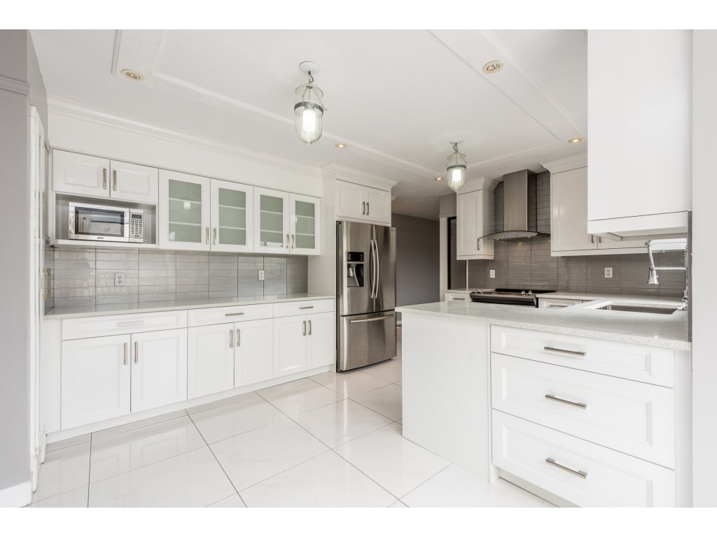 Detached at 2868 TEMPE KNOLL DRIVE, North Vancouver, British Columbia. Image 7