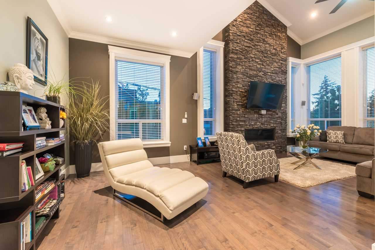 Detached at 16011 27A AVENUE, South Surrey White Rock, British Columbia. Image 10