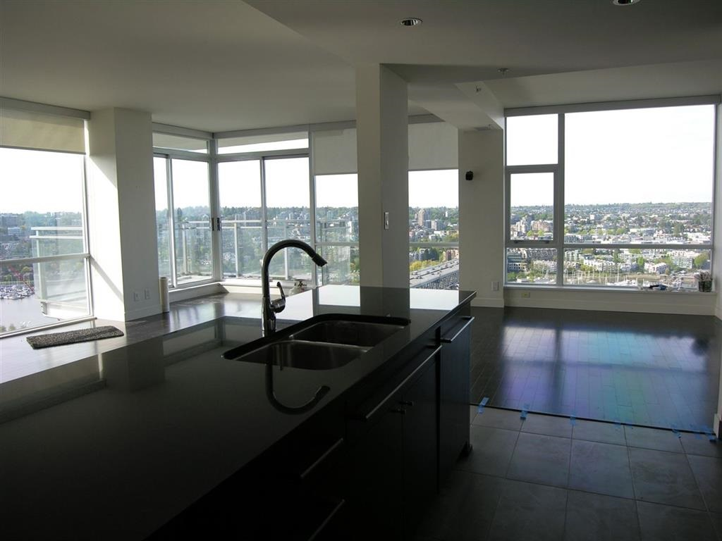 Condo Apartment at 2703 1455 HOWE STREET, Unit 2703, Vancouver West, British Columbia. Image 10