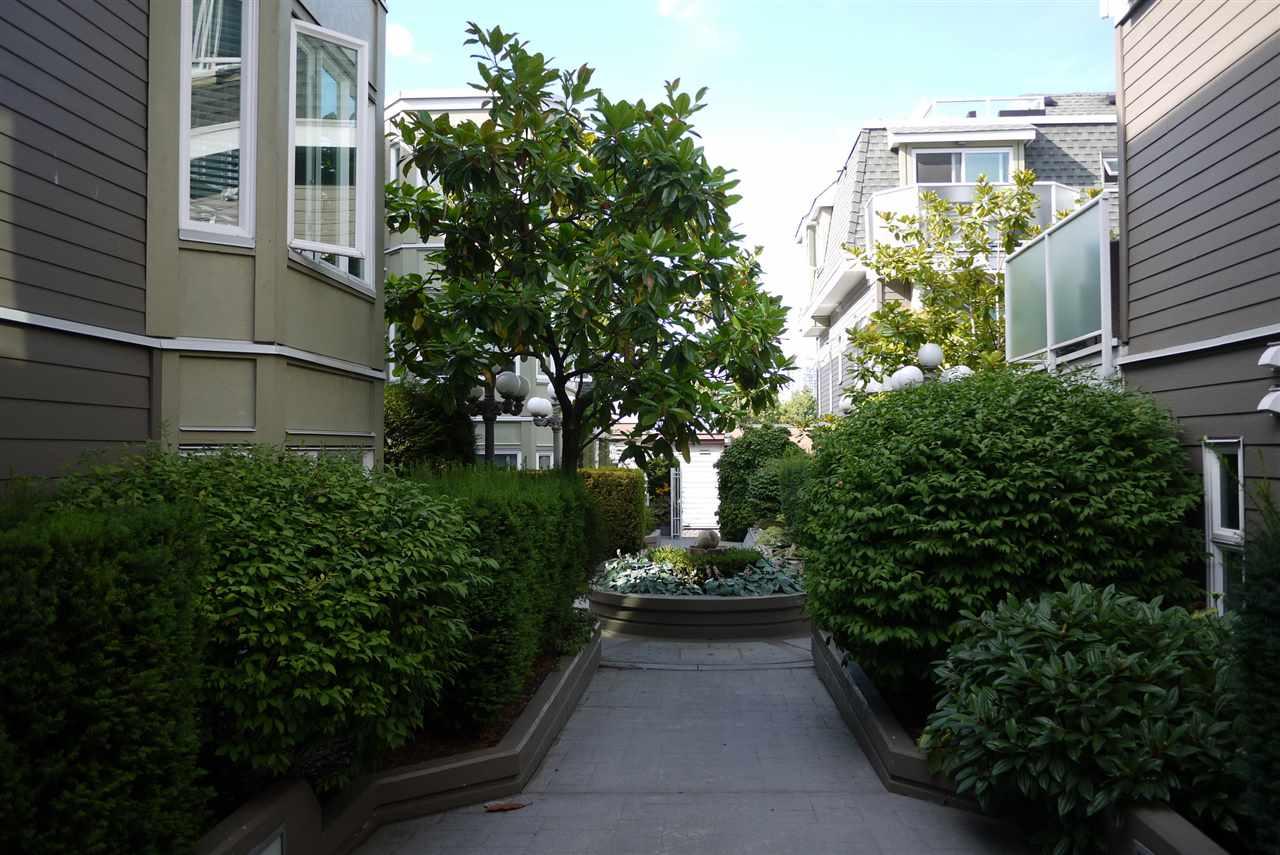 Condo Apartment at 102 725 W 7TH AVENUE, Unit 102, Vancouver West, British Columbia. Image 2