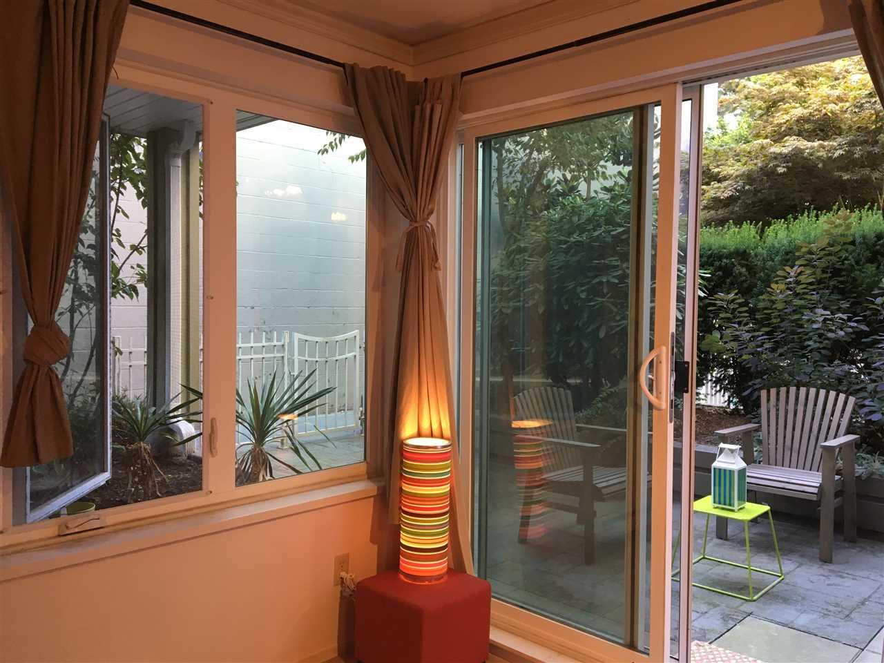 Condo Apartment at 102 725 W 7TH AVENUE, Unit 102, Vancouver West, British Columbia. Image 7