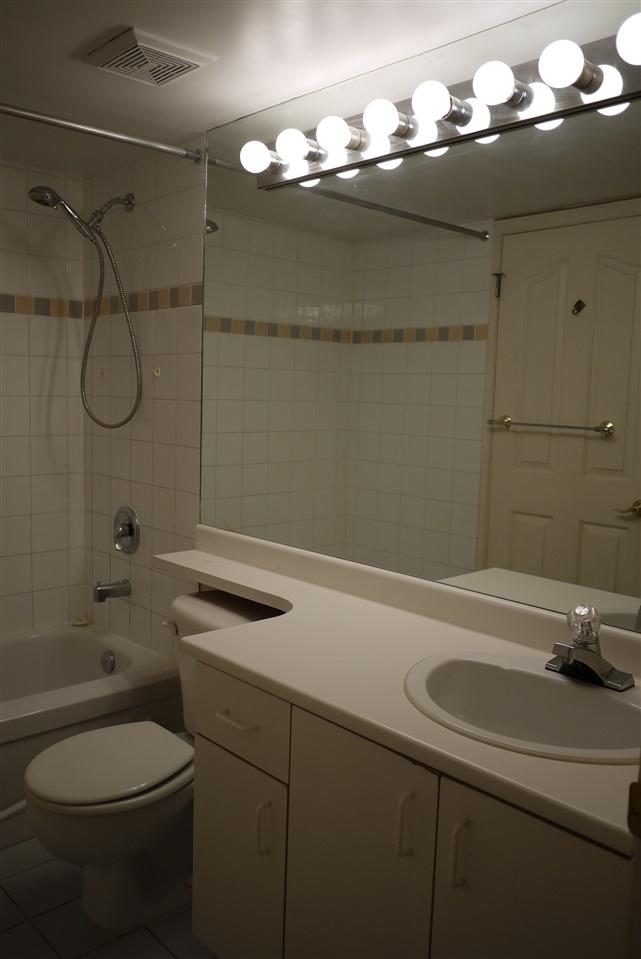 Condo Apartment at 102 725 W 7TH AVENUE, Unit 102, Vancouver West, British Columbia. Image 14