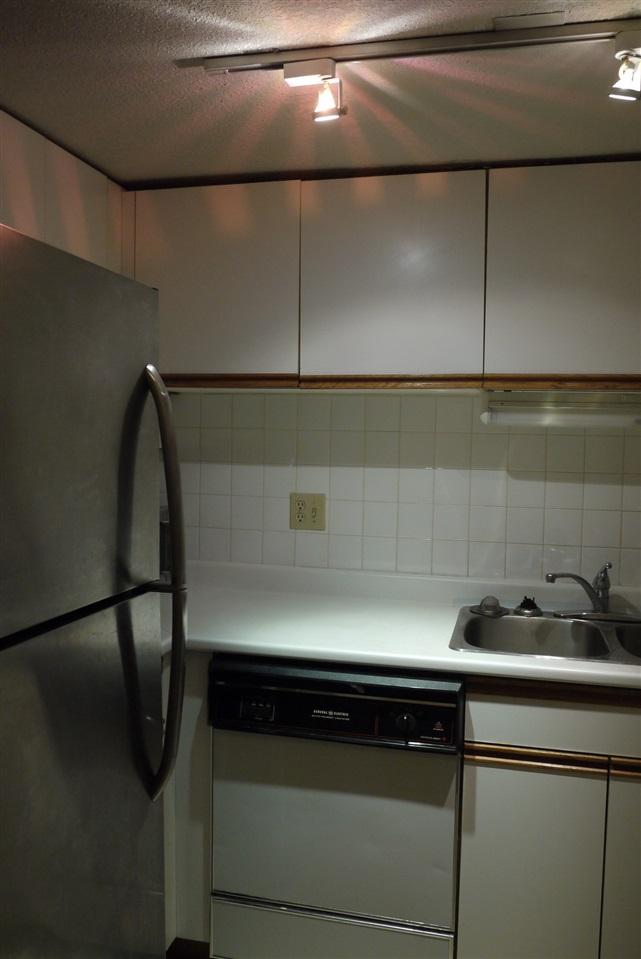 Condo Apartment at 102 725 W 7TH AVENUE, Unit 102, Vancouver West, British Columbia. Image 17