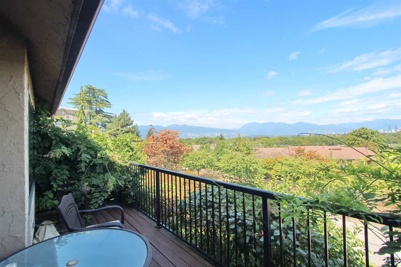 Detached at 3311 QUESNEL DRIVE, Vancouver West, British Columbia. Image 8