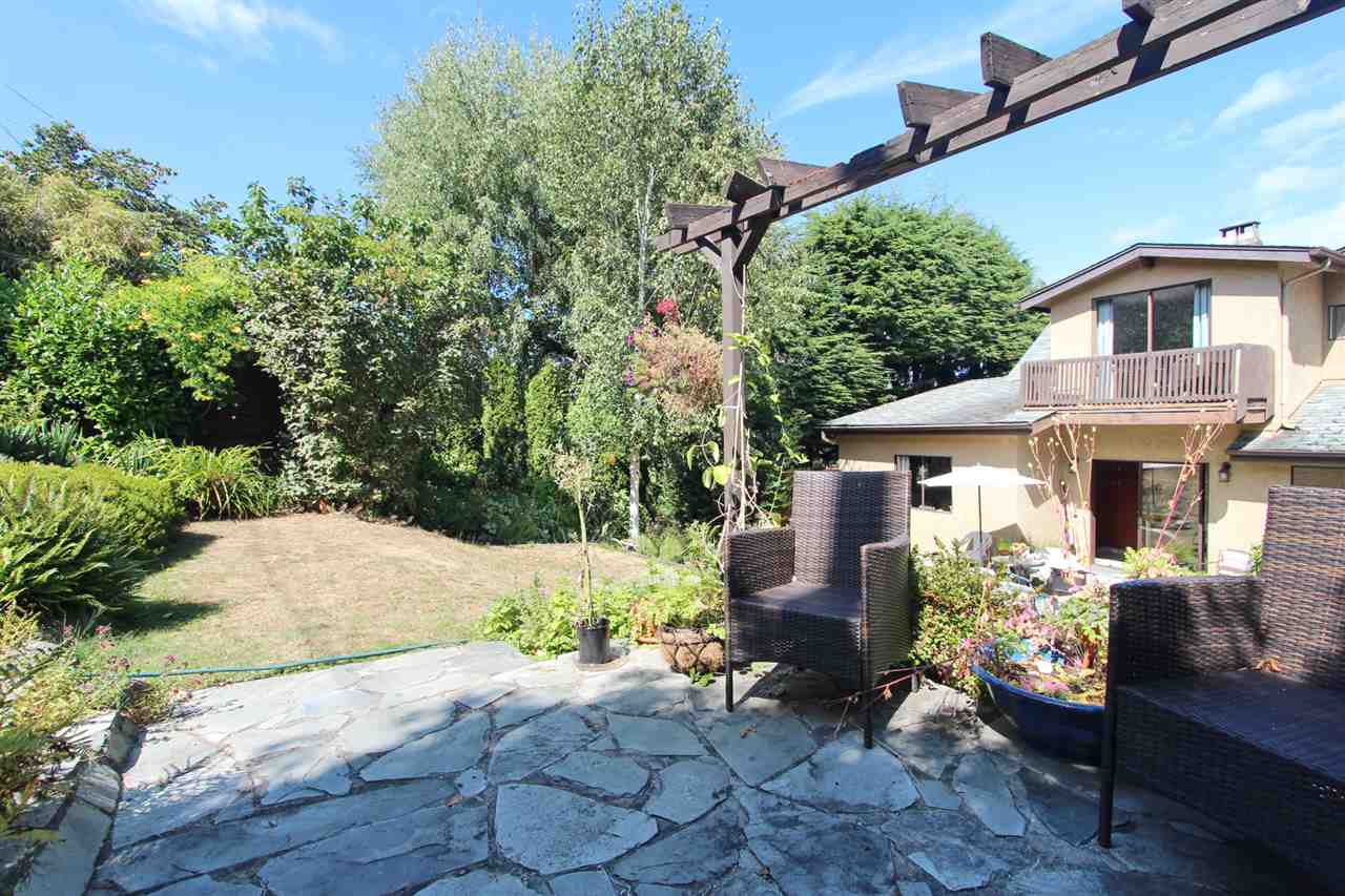 Detached at 3311 QUESNEL DRIVE, Vancouver West, British Columbia. Image 10