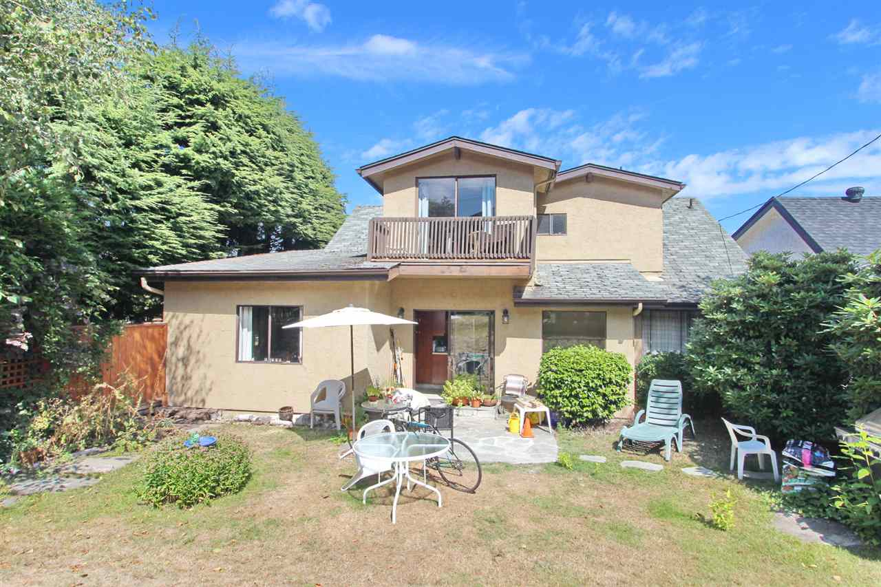 Detached at 3311 QUESNEL DRIVE, Vancouver West, British Columbia. Image 12