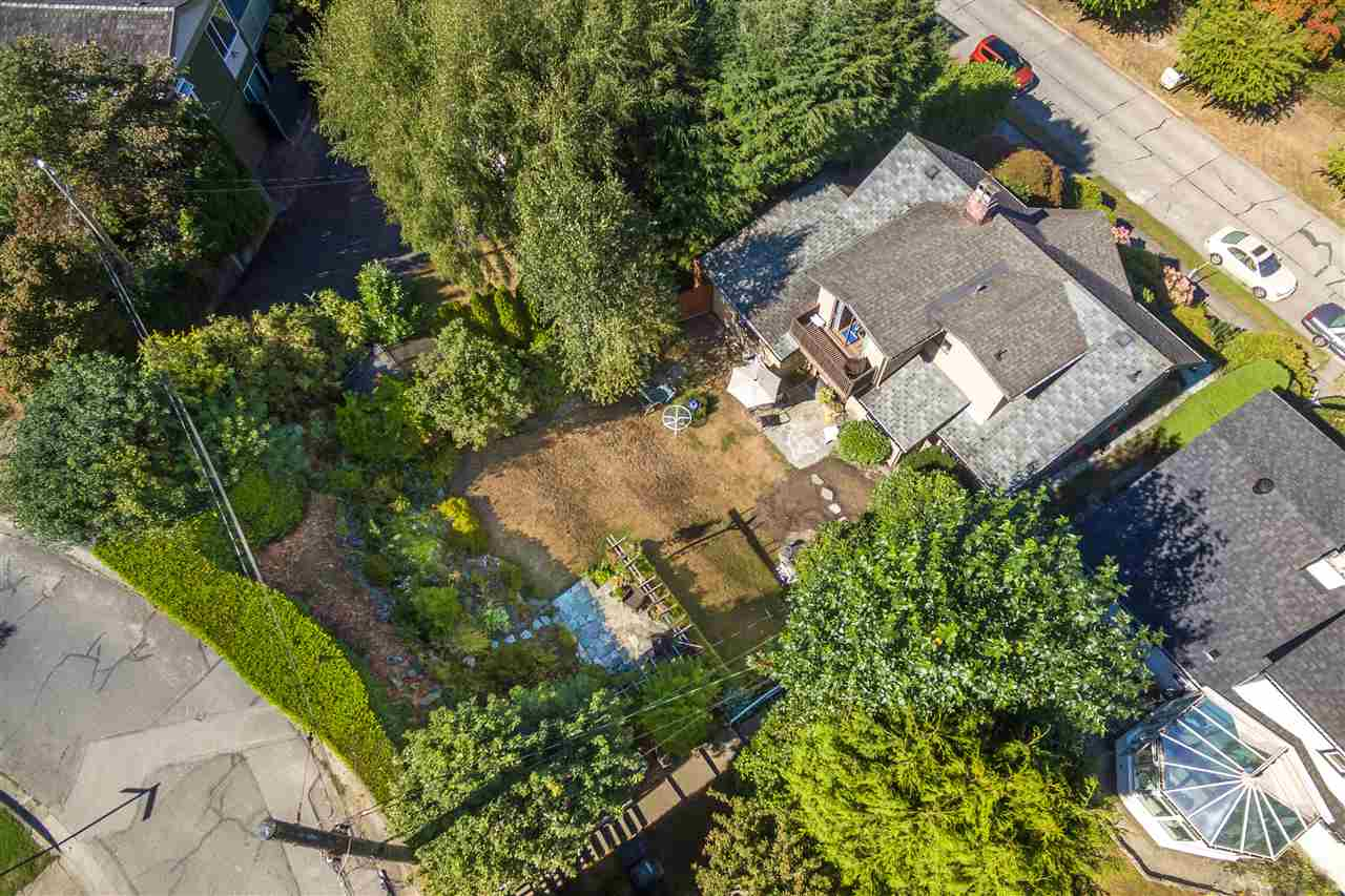 Detached at 3311 QUESNEL DRIVE, Vancouver West, British Columbia. Image 16