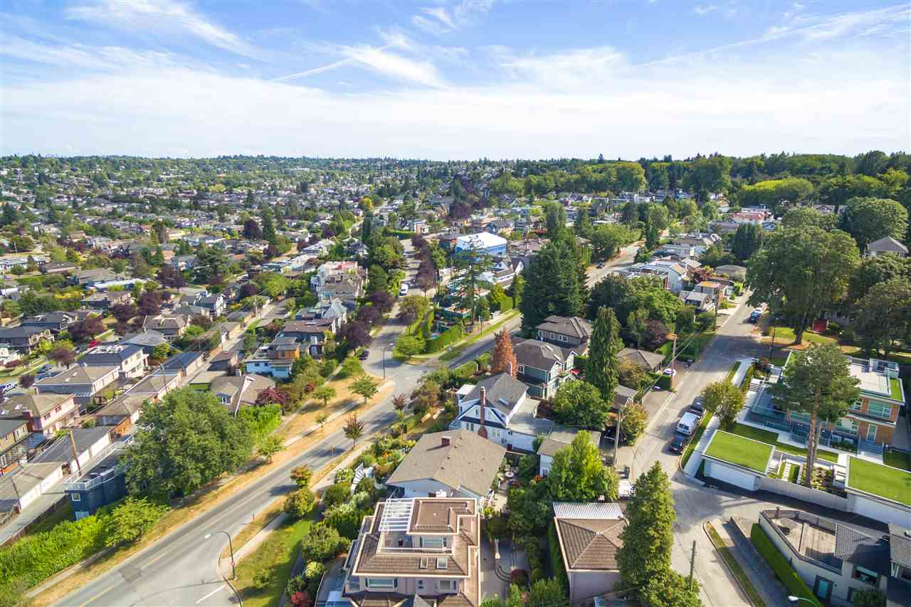 Detached at 3311 QUESNEL DRIVE, Vancouver West, British Columbia. Image 17