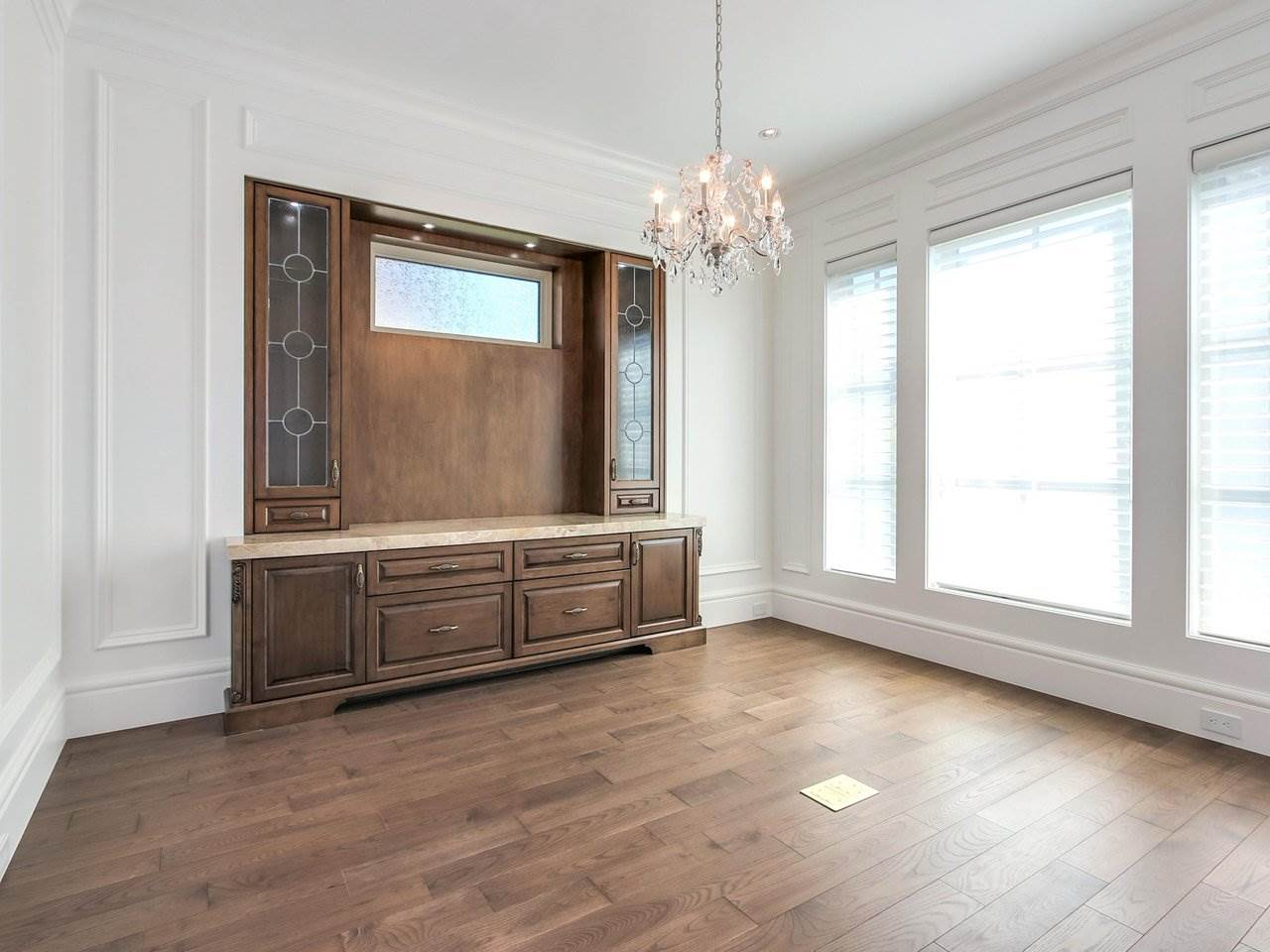 Detached at 3853 W 38TH AVENUE, Vancouver West, British Columbia. Image 2