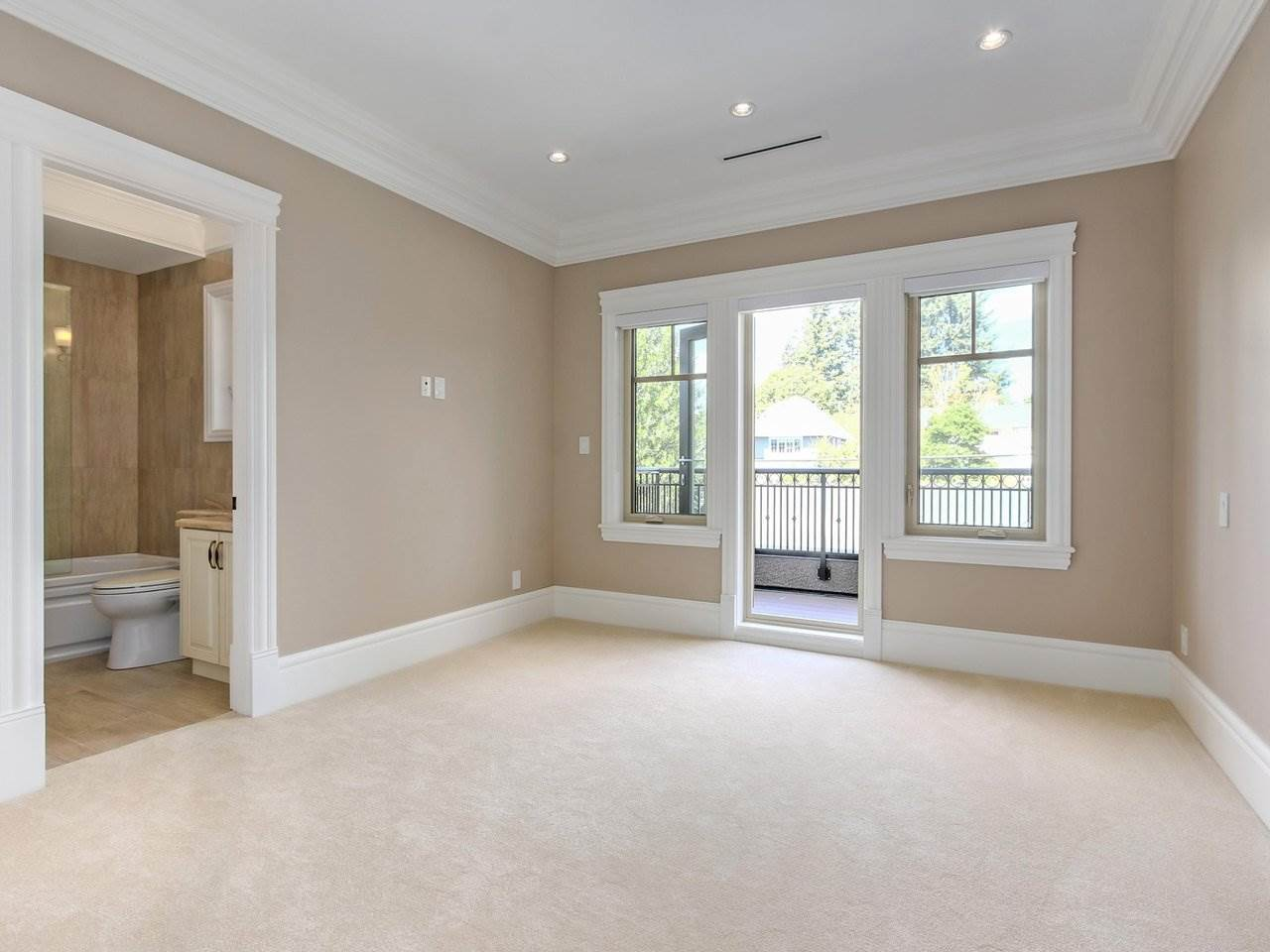 Detached at 3853 W 38TH AVENUE, Vancouver West, British Columbia. Image 13