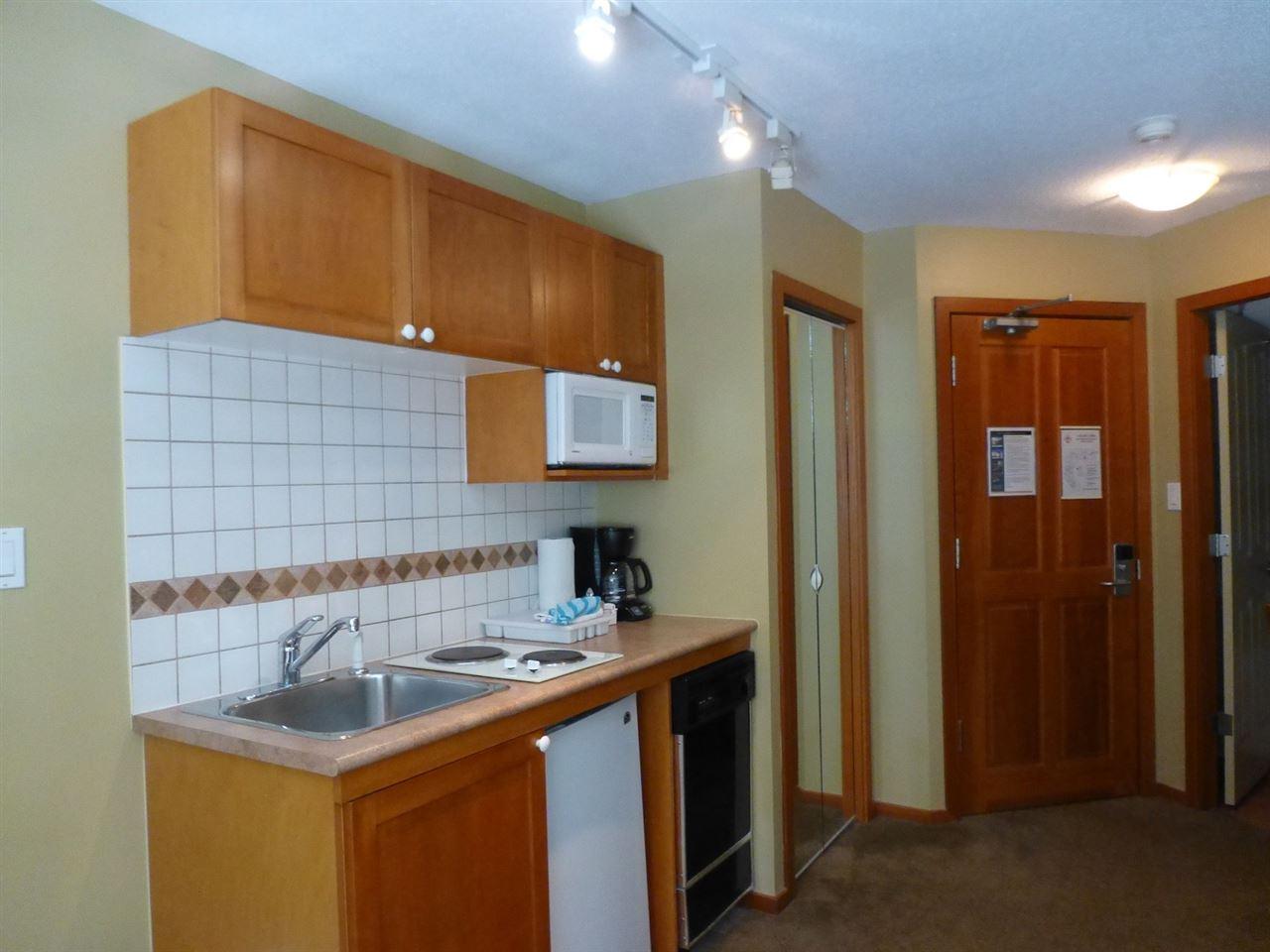 Condo Apartment at 202 4315 NORTHLANDS BOULEVARD, Unit 202, Whistler, British Columbia. Image 3