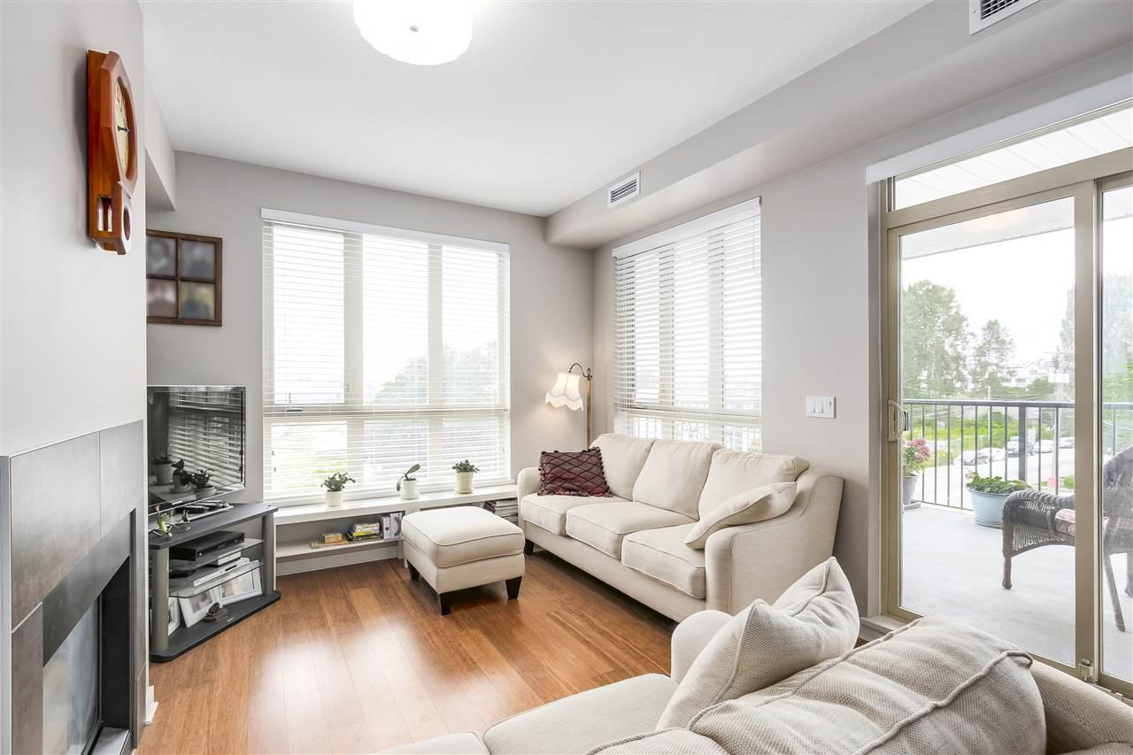 Condo Apartment at 210 6077 LONDON ROAD, Unit 210, Richmond, British Columbia. Image 3
