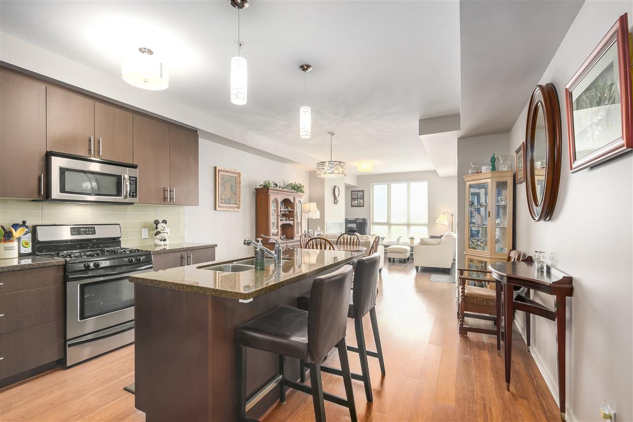 Condo Apartment at 210 6077 LONDON ROAD, Unit 210, Richmond, British Columbia. Image 12